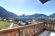 Semi-detached house in Montriond - A LOUER A L`ANNEE CHALET 5 CHAMBRES A MONTRIOND